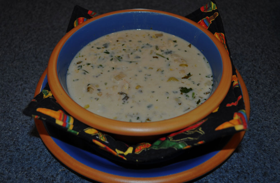 Glory Talks About Food & Family: Sopa de Crema de Maiz con Pollo